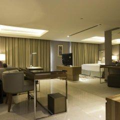 Отель Grand Millennium Muscat Студия с различными типами кроватей фото 2