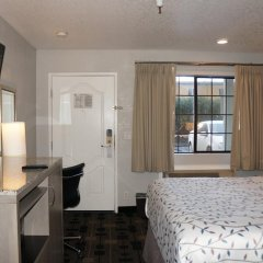 Отель Americas Best Value Inn - Milpitas 2* Стандартный номер с различными типами кроватей фото 4