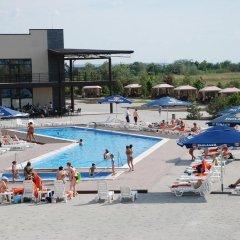 Гостиница Ostrov River Club Писчанка пляж
