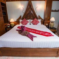 Отель Patong Beach Bed and Breakfast сейф в номере