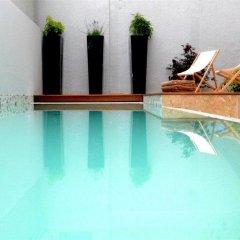 Отель Privilège Hôtel Mermoz Франция, Тулуза - отзывы, цены и фото номеров - забронировать отель Privilège Hôtel Mermoz онлайн бассейн фото 2