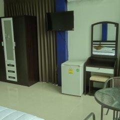 Отель But Different Phuket Guesthouse 3* Улучшенный номер с различными типами кроватей фото 7