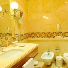 Warwick Palm Beach Hotel ванная