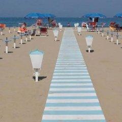 Hotel Carmen Viserba пляж