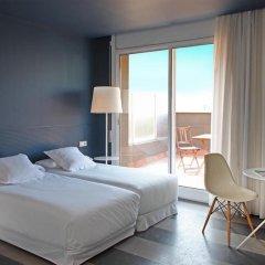 Отель Chic & Basic Ramblas 3* Стандартный номер с двуспальной кроватью
