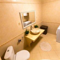 Отель Europroperties Sirena Apartaments ванная фото 2