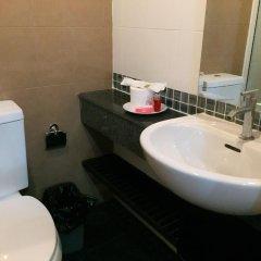Отель Ratchaporn Place Номер Делюкс с различными типами кроватей фото 39