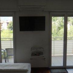 Отель Monolocale SuperAccessoriato Меран комната для гостей фото 4