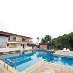 Отель Poonsap Resort Ланта бассейн
