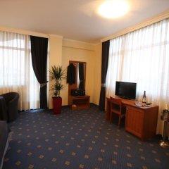 Hotel Continental 3* Люкс с различными типами кроватей фото 4