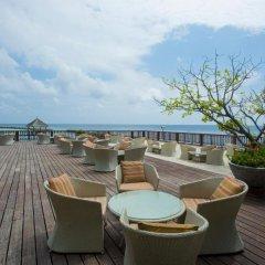 Отель Ellaidhoo Maldives by Cinnamon 4* Улучшенный номер с различными типами кроватей фото 3