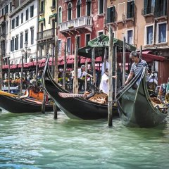 Отель Art Apartments Venice Италия, Венеция - отзывы, цены и фото номеров - забронировать отель Art Apartments Venice онлайн приотельная территория фото 2