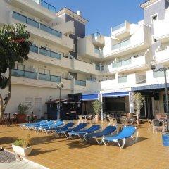Отель Playamarina II Aparthotel Cabo Roig бассейн