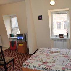 Гостиница Gostinnyy Dom na Kuznechnoy Номер Делюкс с различными типами кроватей фото 3