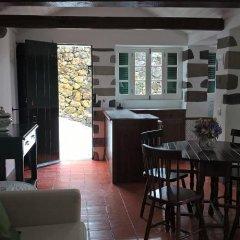 Отель Galera Cottage гостиничный бар
