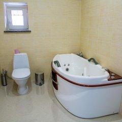 Hotel Illara Свалява ванная