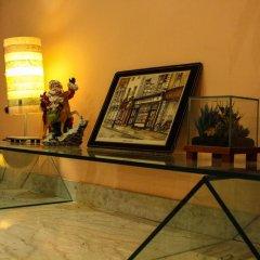 Отель 4 Season Bed And Breakfast Roma Рим интерьер отеля фото 2