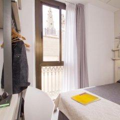 Отель Hostal Benidorm Стандартный номер с различными типами кроватей фото 18