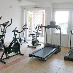 Апартаменты Apartments Villa Milna 1 фитнесс-зал