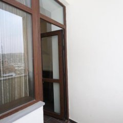 Апартаменты Rent in Yerevan - Apartments on Sakharov Square Люкс разные типы кроватей фото 14
