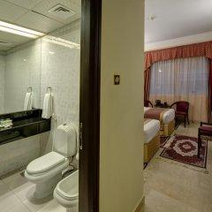 Comfort Inn Hotel 3* Стандартный номер с двуспальной кроватью фото 5