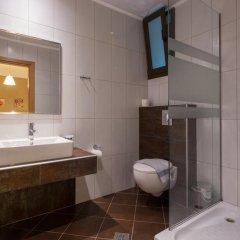 Отель Mary's Residence Suites ванная