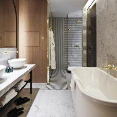 Отель Hôtel Vernet 5* Улучшенный номер с различными типами кроватей