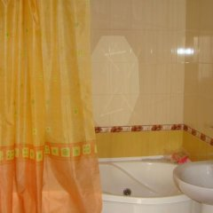 Гостиница Iron 4 в Краснодаре отзывы, цены и фото номеров - забронировать гостиницу Iron 4 онлайн Краснодар ванная