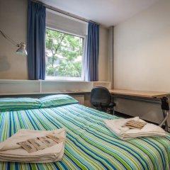 Отель LSE Carr-Saunders Hall 2* Стандартный номер с двуспальной кроватью (общая ванная комната) фото 2