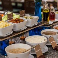 Отель Ravindra Beach Resort And Spa питание фото 2