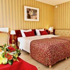 Golden Tulip De' Medici Hotel 4* Стандартный номер с различными типами кроватей
