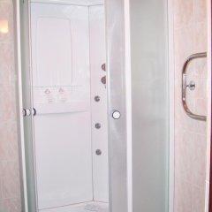 Гостиница Golden Стандартный номер комфорт с двуспальной кроватью фото 5