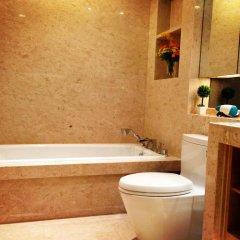 Отель Guangzhou HipHop Apartment Poly World Trade Branch Китай, Гуанчжоу - отзывы, цены и фото номеров - забронировать отель Guangzhou HipHop Apartment Poly World Trade Branch онлайн ванная фото 2