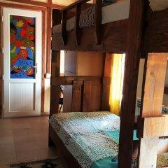 Отель Machanents Guesthouse 2* Кровать в общем номере с двухъярусной кроватью фото 11