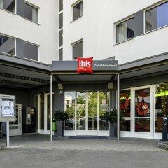 Отель Ibis Zürich Messe-Airport Швейцария, Цюрих - 9 отзывов об отеле, цены и фото номеров - забронировать отель Ibis Zürich Messe-Airport онлайн вид на фасад фото 2