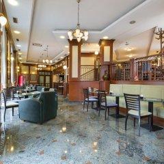 Hotel Prag гостиничный бар