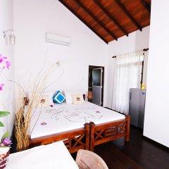 Отель Lahiru Villa 2* Номер Делюкс с различными типами кроватей