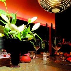 Отель Hôtel Avenue Lodge гостиничный бар