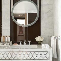 Отель Waldorf Astoria Dubai Palm Jumeirah 5* Улучшенный номер с различными типами кроватей фото 9