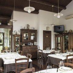 Отель Al Casale Di Morro Морровалле питание