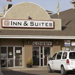 Отель Colonial Square Inn & Suites городской автобус