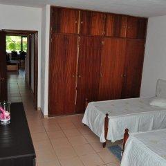 Отель Casal Das Alfarrobeiras Португалия, Виламура - отзывы, цены и фото номеров - забронировать отель Casal Das Alfarrobeiras онлайн комната для гостей фото 5