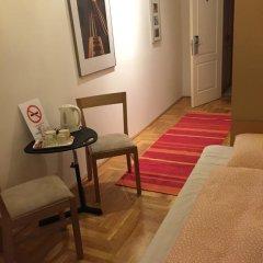 Апартаменты Artoral Rooms and Apartment Budapest интерьер отеля