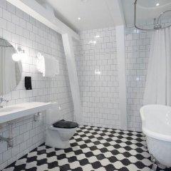 Отель Clarion Collection Hotel Borgen Швеция, Эребру - отзывы, цены и фото номеров - забронировать отель Clarion Collection Hotel Borgen онлайн ванная фото 2