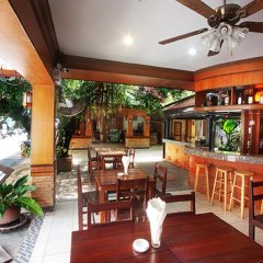Отель Jang Resort гостиничный бар