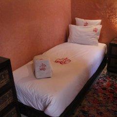 Отель Dar Ikalimo Marrakech 3* Стандартный номер с различными типами кроватей фото 3