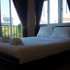 Отель Patamnak Beach Guesthouse 3* Улучшенный номер с различными типами кроватей фото 9