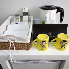 Отель 24 Guesthouse Seoul City Hall 2* Кровать в женском общем номере с двухъярусной кроватью