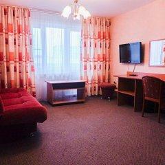 Гостиница Уютная в Тюмени отзывы, цены и фото номеров - забронировать гостиницу Уютная онлайн Тюмень комната для гостей фото 2