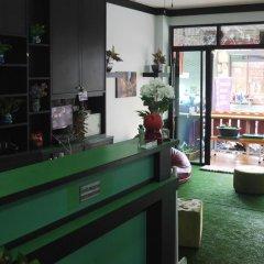 Отель Thana Patong Guesthouse питание фото 3